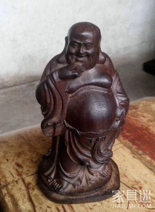沉香木佛像