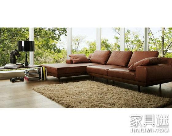 MARIICHI 褐色沙发